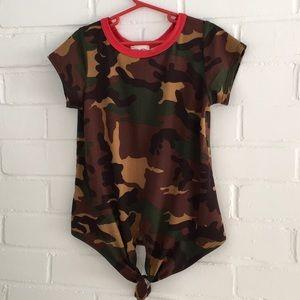 NWT. Camoflauge T-Shirt